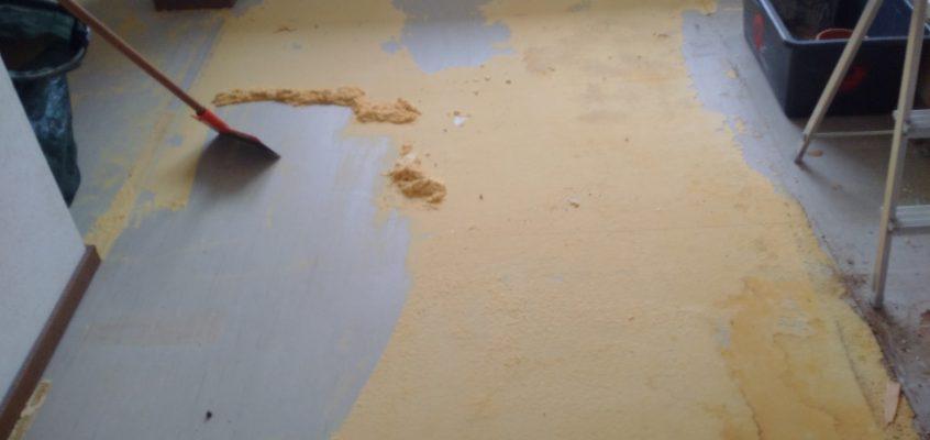 Hausmeisterservice – Wohnungsauflösung – Entfernung Bodenbeläge: Teppichboden – Laminat – Linoleum – PVC – Parkett – Fliesen