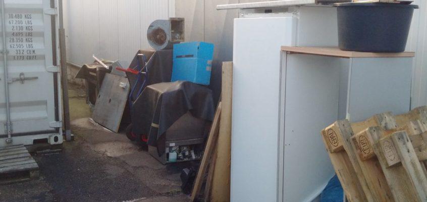 Hausmeisterservice – Entrümpelungen – Verbringung Hausrat und Haushaltgegenstände aus Dachboden, Keller, Garagen und sonstigen Lagerstätten